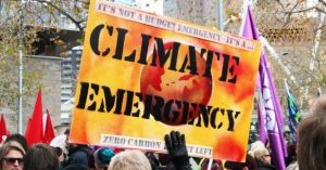 Climate emergency. Source [https://www.facebook.com/climateemergency/photos/p.1935621080066950/1935621080066950/?type=1&theatre]